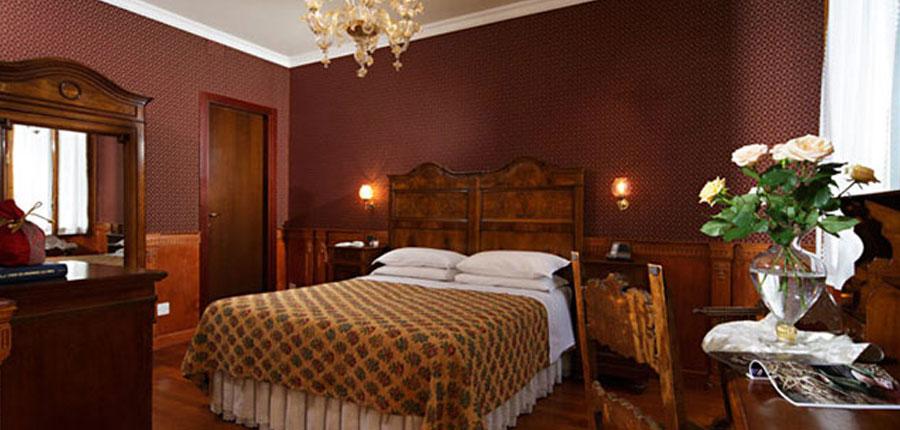 Casa Nicolo' Priuli, Venice, Italy - Bedroom.jpg